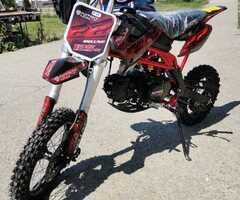 MotoCross DirtBike Sky Deluxe 125cc