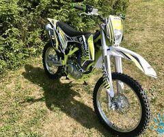 MOTOCROSS ALFARAD 250CC