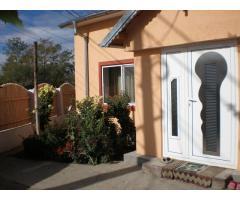 Vand Casa Moderna si Vie, Livada, Teren arabil - 1083 m2 in Marasesti - 49.000 Euro negociabil
